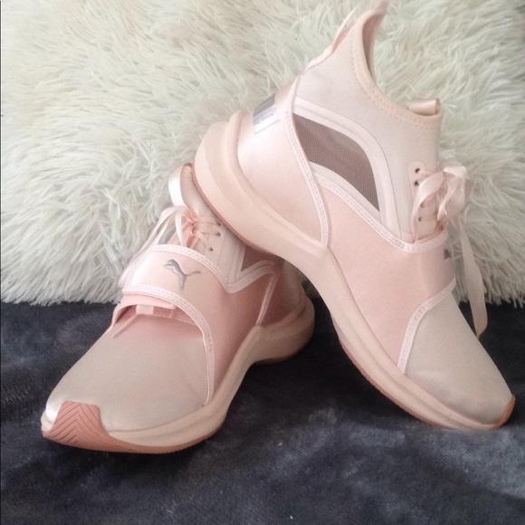 8e74bc5b4ef4a5 Puma pink Pearl Phenom EP Satin Training Shoes